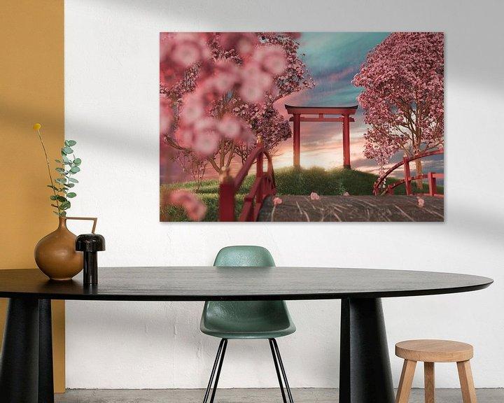 Sfeerimpressie: Japanse schrijn omringd door kersenbloesembomen in de zonsondergang van Besa Art