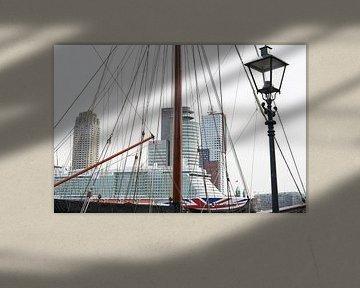 Bateau, paquebot navire à Rotterdam. sur Alain Ulmer