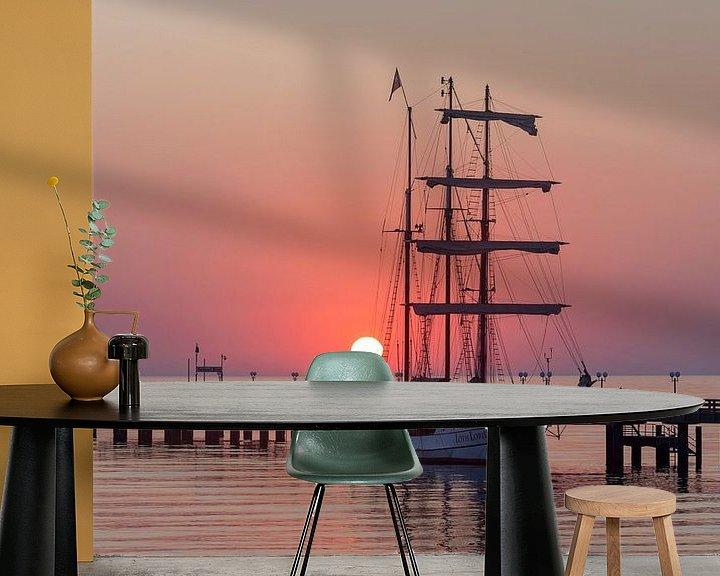 Sfeerimpressie behang: Zonsopgang bij de pier Binz van Stephan Schulz