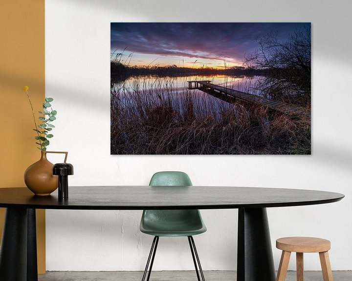 Sfeerimpressie: Steiger bij zonsondergang (Nederland) van Marcel Kerdijk