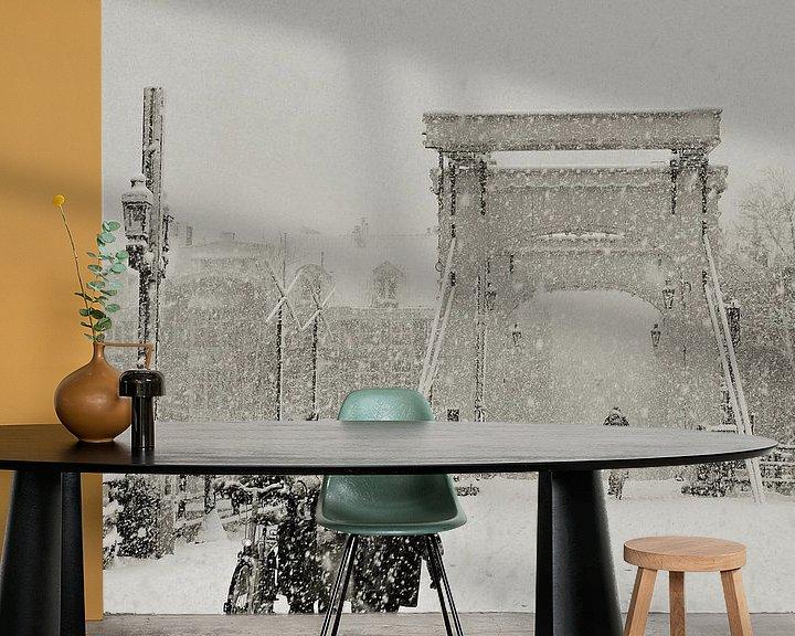 Sfeerimpressie behang: Magere Brug in de sneeuw. Amsterdam van Frank de Ridder