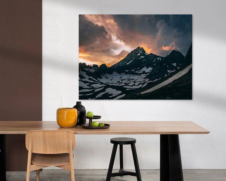 Beispiel: Sonnenuntergang in den Bergen von Oscar van Crimpen