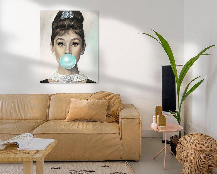 Sfeerimpressie: Audrey Hepburn Bubble Gum van David Potter