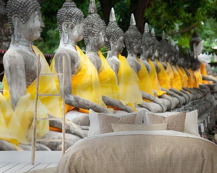 Sfeerimpressie behang: Buddha's in Ayuthaya van Sebastiaan Hamming