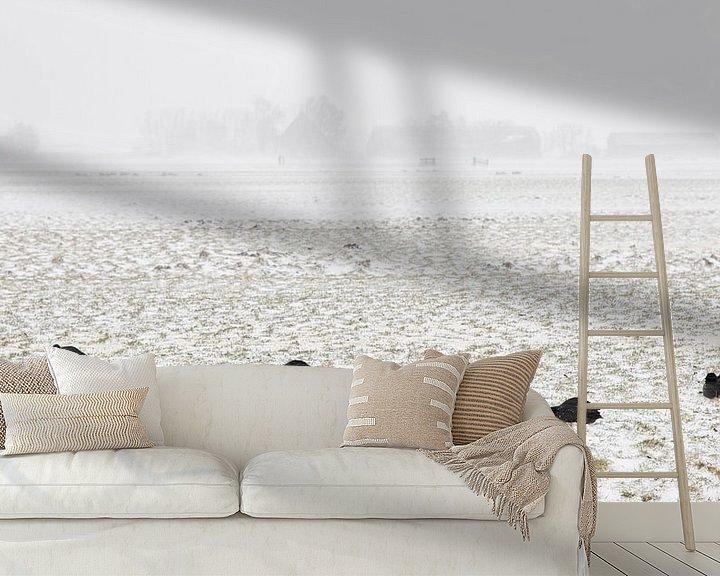 Sfeerimpressie behang: Meerkoeten in sneeuwstorm van Johan Zwarthoed