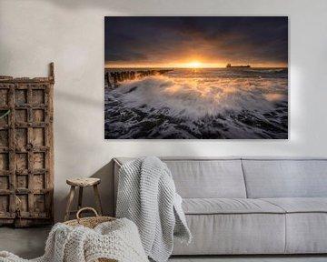Seasons (storm Westkapelle) van Thom Brouwer