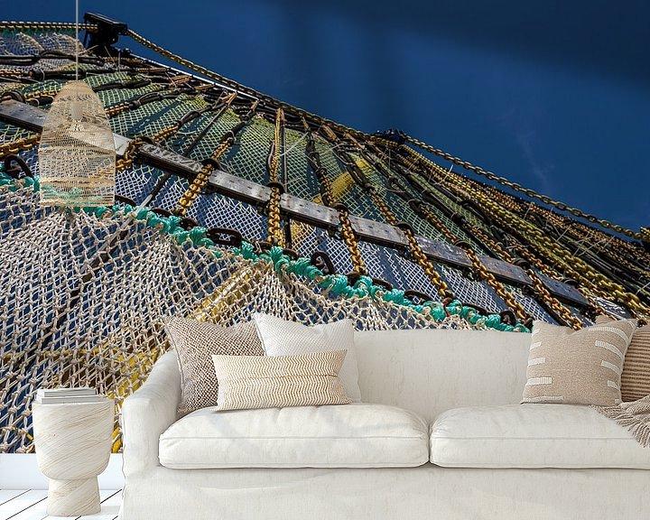 Sfeerimpressie behang: Visnet aan giek van René Nicolaes