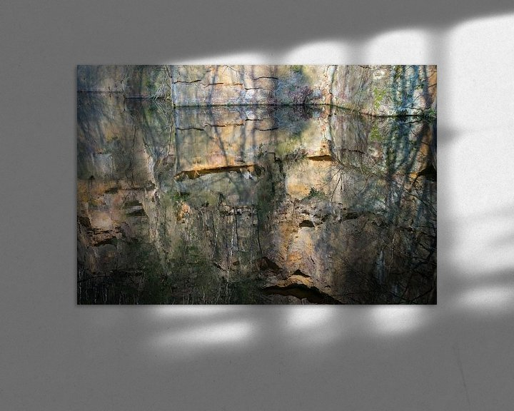 Beispiel: Spiegelung im Steinbruch 3 von Adriana Mueller