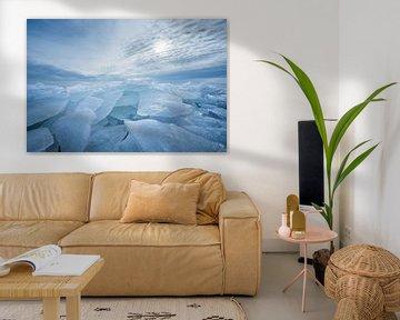 Kruidend ijs bij Stavoren, IJsselmeer van Annie Jakobs