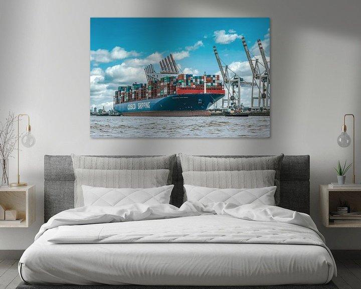 Sfeerimpressie: Containerschip aan de kade van Sabine Wagner