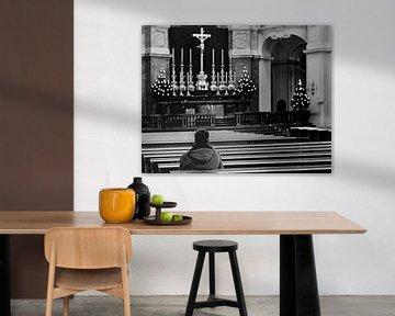 Gedenken in einer Kirche von Frank Herrmann