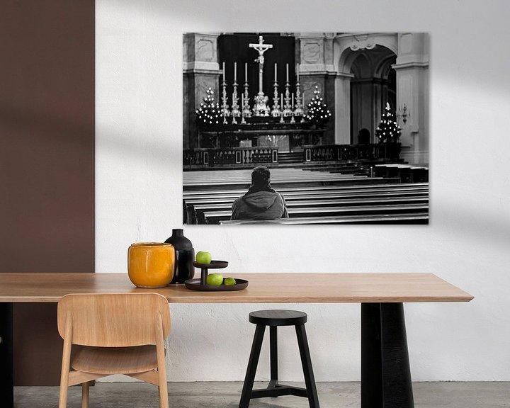 Sfeerimpressie: Herdenking in een kerk van Frank Herrmann