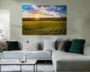 Zonsondergang in de Limburgse heuvels van Bart Nikkels