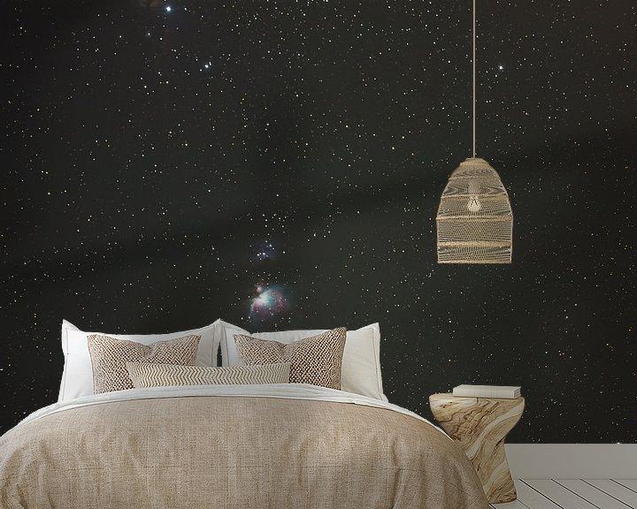 Sfeerimpressie behang: Orionnevel van W.Schriebl PixelArts