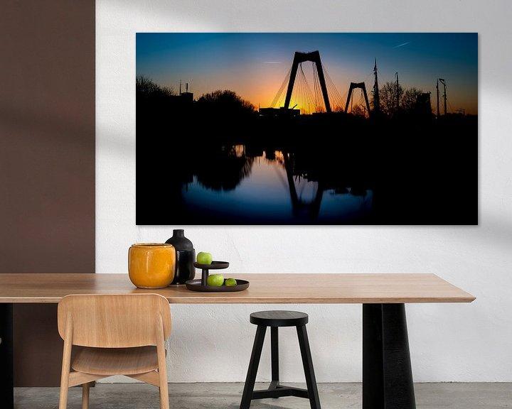 Sfeerimpressie: Willems brug met zonsondergang van Prachtig Rotterdam