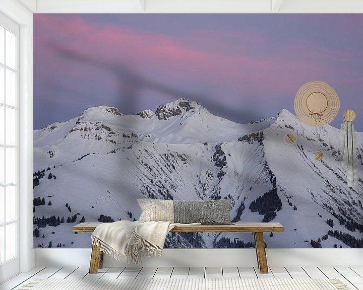 Sfeerimpressie behang: Zonsopgang in de Berner Alpen van Martin Steiner