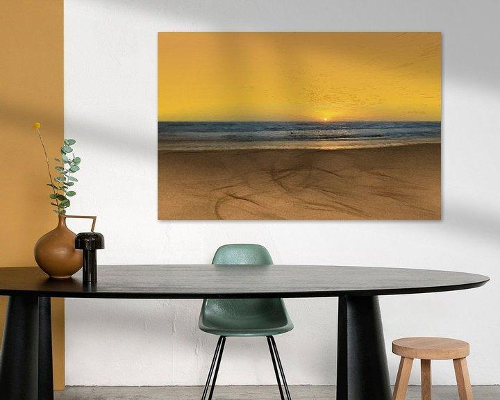 Sfeerimpressie: Zonsondergang - Kust -Stand - Horizon - Zonsopkomst - Schilderij van Schildersatelier van der Ven