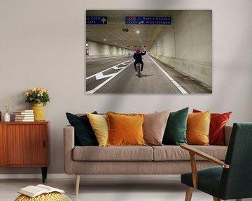 Mit dem Fahrrad durch den A20-Tunnel von Daniël Smits