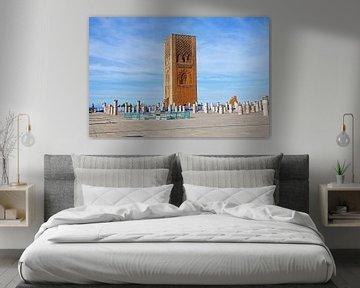 Der Hassan-Turm gegenüber dem Mausoleum von König Mohamed V. in Rabat Marokko von Nisangha Masselink