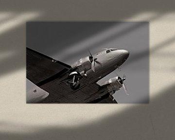 Rosinenbomber im Flug über Berlin von Frank Herrmann