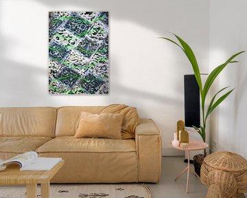 Grüne Wellen auf schwarz-weißen Karos von elha-Art