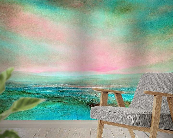 Sfeerimpressie behang: Het licht: roze en turkoois van Annette Schmucker