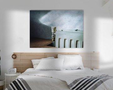 Heizung mit weichem Licht auf der Tapete von Bram van Egmond
