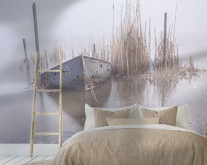 Sfeerimpressie behang: Een lekke boot van Albert Lamme
