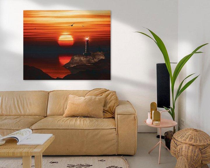 Sfeerimpressie: De vuurtoren van St Mathieu met een zonsondergang en gele Alto wolken van Jan Keteleer