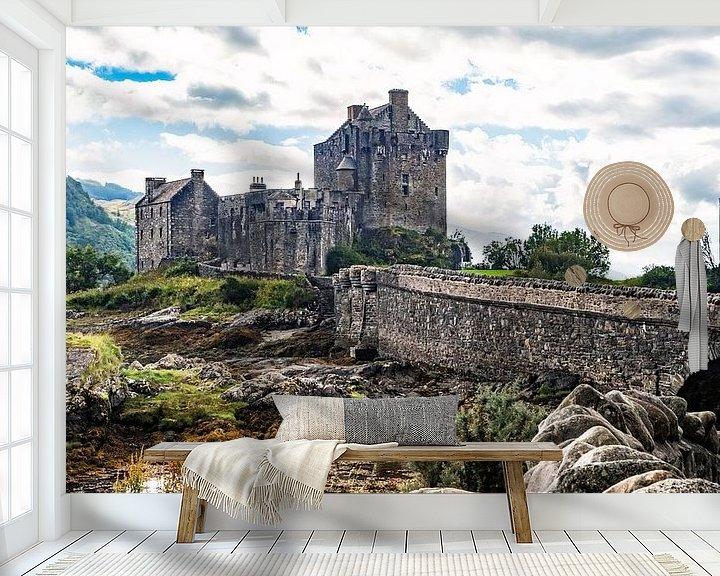 Sfeerimpressie behang: Eilean Donan Castle van Jan Enthoven Fotografie