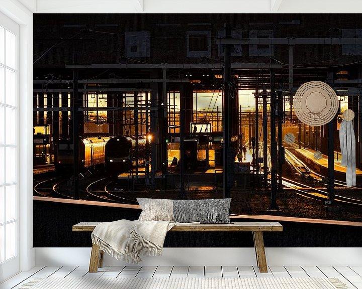 Sfeerimpressie behang: Zonsopkomst station Breda van JPWFoto
