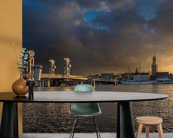 Sfeerimpressie behang: Stadsfront van Kampen in het gouden uur van Fotografie Ronald