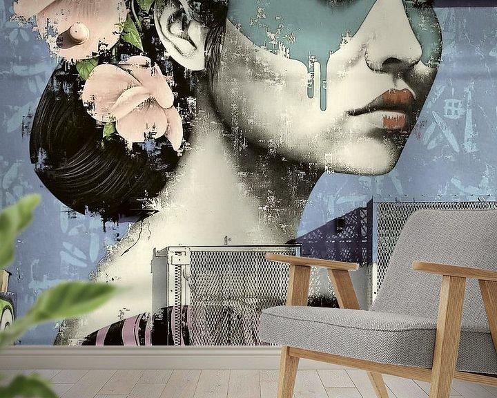 Sfeerimpressie behang: Woman with a painted face. van Rudy & Gisela Schlechter