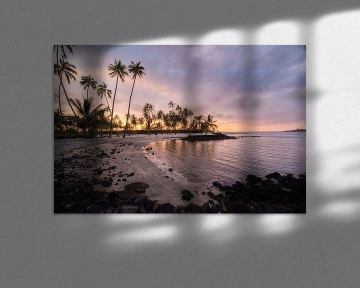Sfeerimpressie: zonsondergang in Hawaii van Jim De Sitter