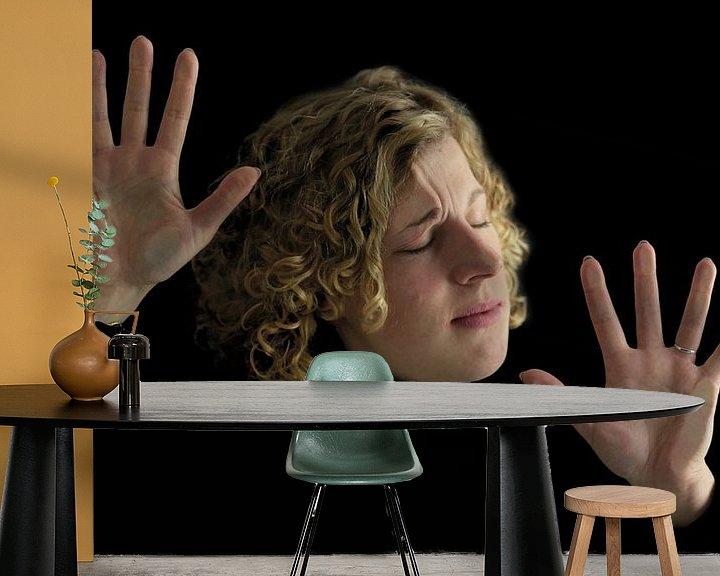 Sfeerimpressie behang: Cut the Crap, Back to Basic #01 van Annemarieke van Peppen