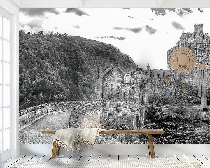 Sfeerimpressie behang: Eilean Donan Castle 2 van Jan Enthoven Fotografie