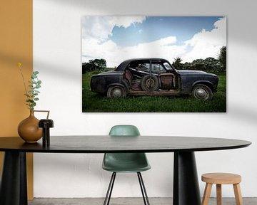 Altes verlassenes Auto von Vivian Teuns