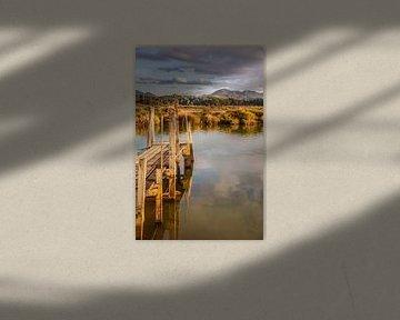 Kust en steiger in de haven van Coromandel, Nieuw-Zeeland van Christian Müringer