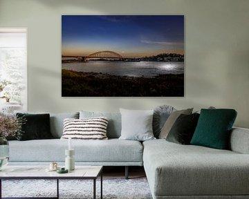 Waalbrug Nijmegen zonsondergang van wsetten