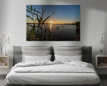 Sonnenuntergang über dem See von thomas van der Wijngaard