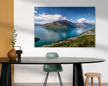 De Remarkables bergketen en Lake Wakatipu, Queenstown, Nieuw-Zeeland van Christian Müringer