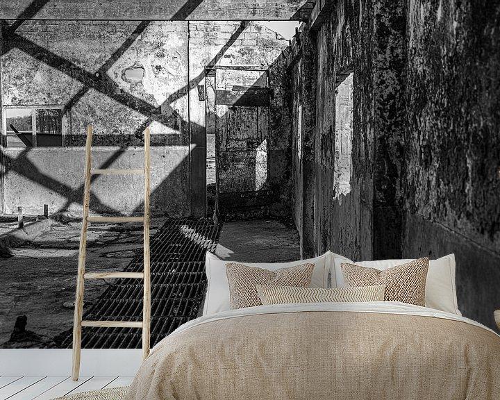 Sfeerimpressie behang: Verlaten stal van Affect Fotografie