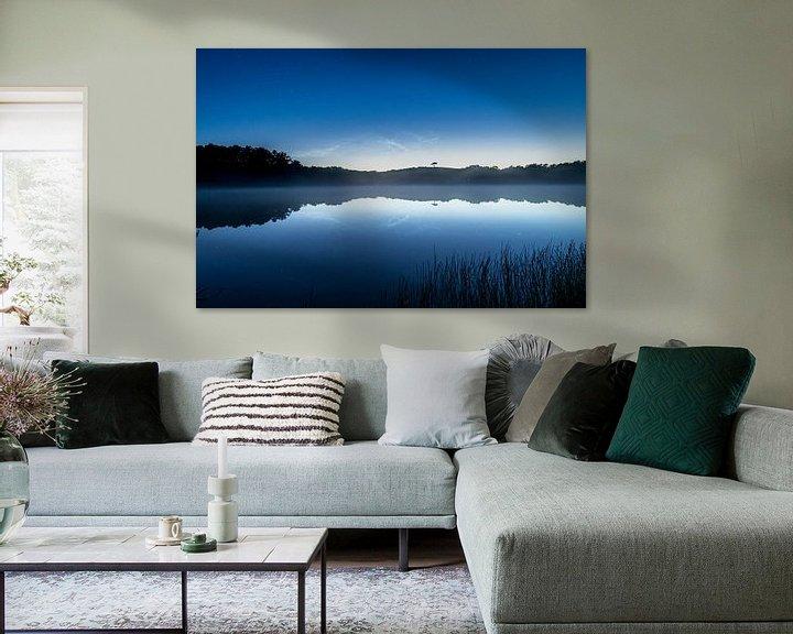 Sfeerimpressie: Perfecte reflectie met mist van Marjolein van Roosmalen