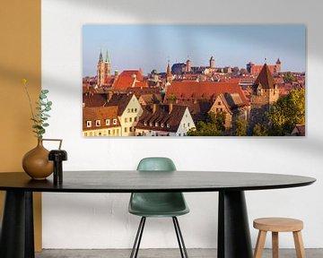 Altstadt von Nürnberg mit der Kaiserburg von Werner Dieterich