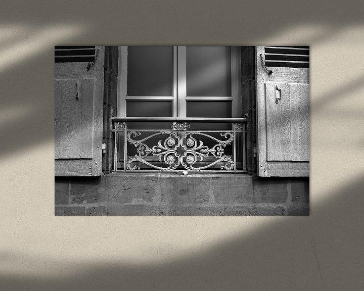 Sfeerimpressie: Balkonnetje Charleville-Mézière, Frankrijk van Vincent de Moor