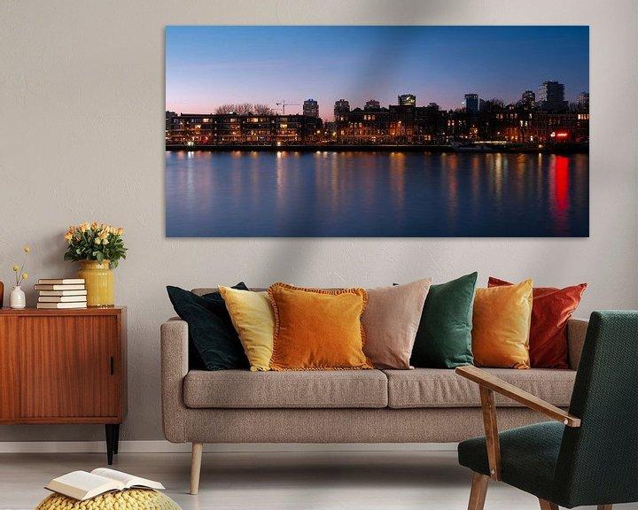 Sfeerimpressie: Prins Hendrikkade, Rotterdam na zonsondergang van Bastiaan Vogel