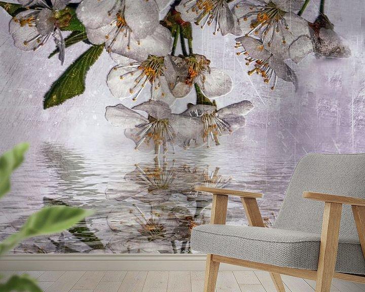 Sfeerimpressie behang: Wilde kersengeest van Christine Nöhmeier