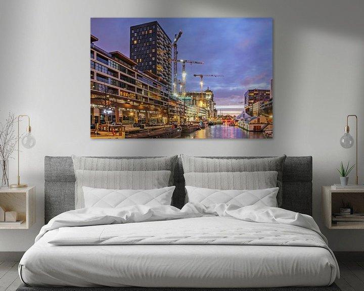 Sfeerimpressie: Rotterdam, Wijnhaven in het blauwe uur van Frans Blok