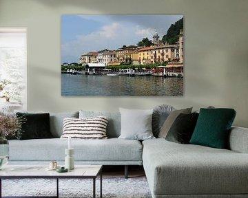 Waterkant in Bellagio van Wim Stolwerk