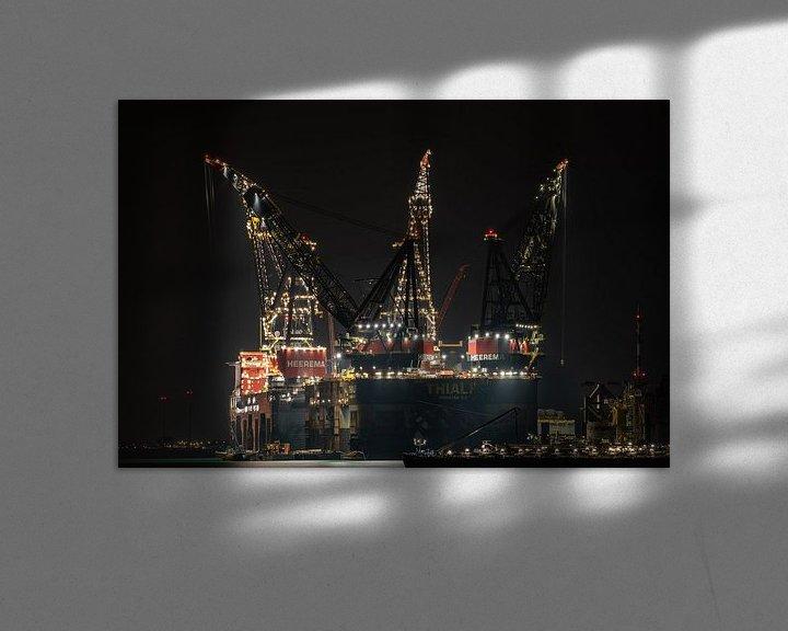 Sfeerimpressie: 2 hijsgiganten van de zee, de Thialf en Sleipnir, afgemeerd in Calandkanaal, Landtong Rozenburg, avo van Jaap van den Berg